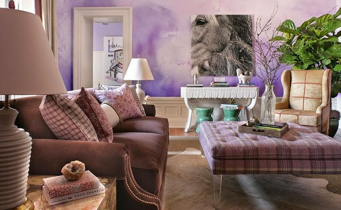 Размытые тона и полутона стен делают комнату невероятно уютной, придавая ей особый шрам.