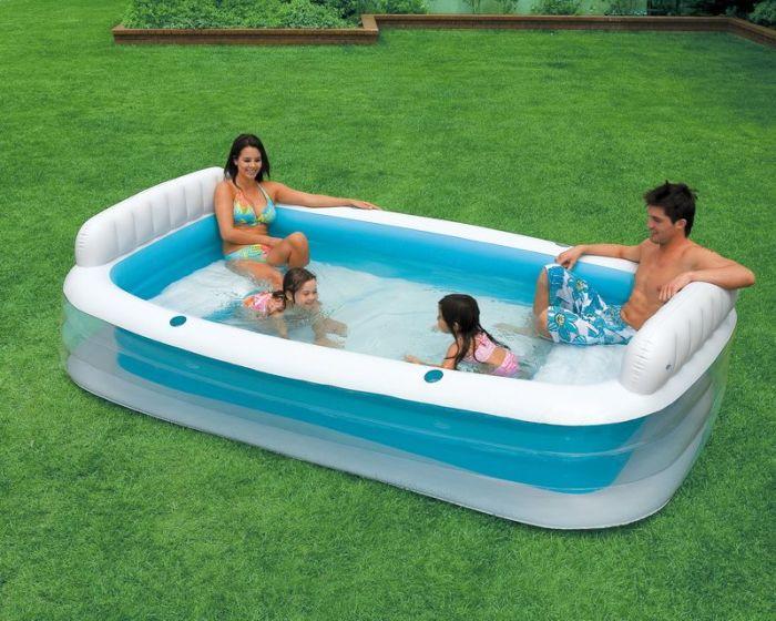 Надувные бассейны могут быть быстро установлены, практически в любом месте.