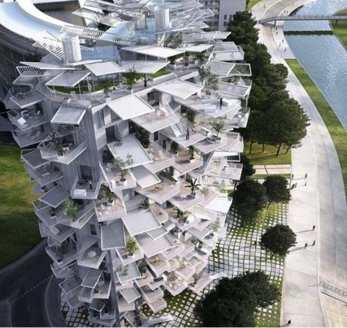Эта футуристическая конструкция - совместный проект архитекторов из Японии и Средиземноморья.