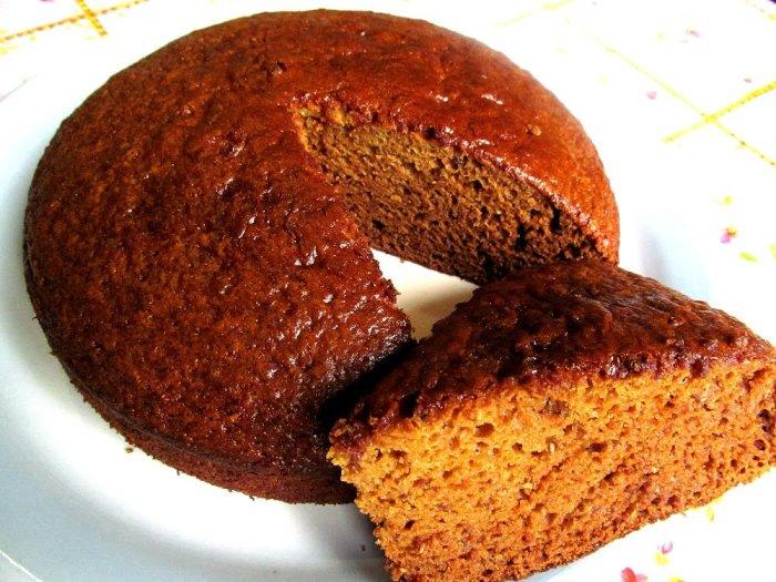 Очень вкусный бисквит с добавлением варенья. \ Фото: shefcook.ru.