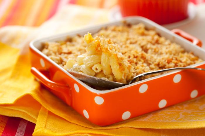 Запеканка из макарон и курицы. / Фото: ricettina.com.