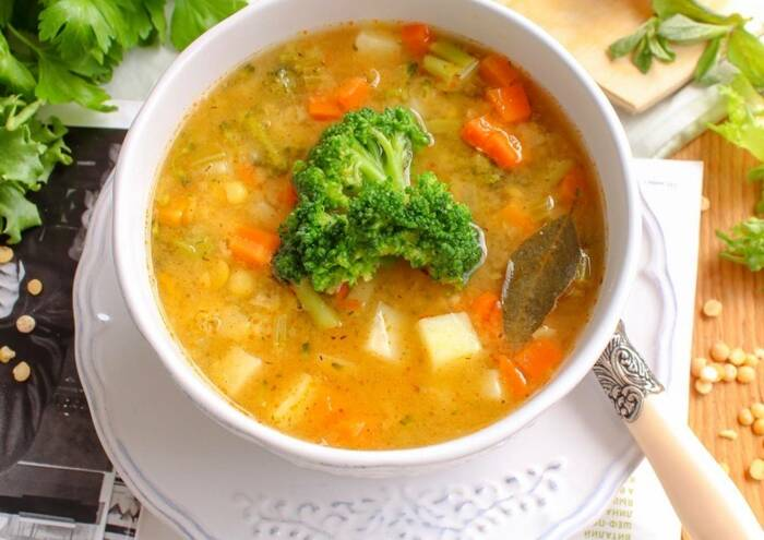 Суп из брокколи и гороха. \ Фото: google.com.