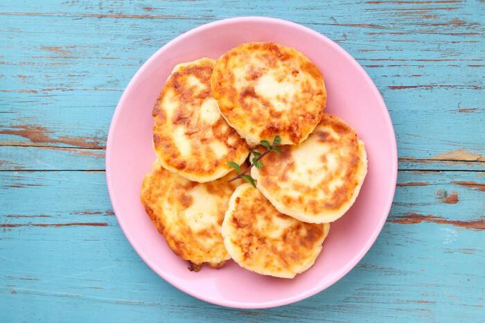 Яблочные сырники. \ Фото: twitter.com.