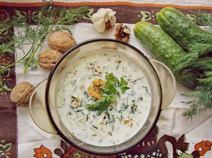 Холодный болгарский суп. \ Фото: yandex.ua.