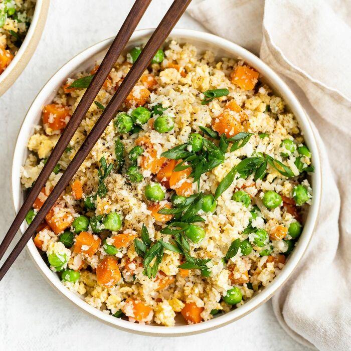Рис из цветной капусты. \ Фото: thaiproaz.com.