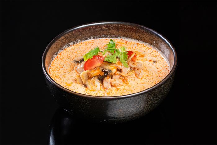 Традиционный тайский суп. \ Фото: ishop.maxim-rest.ru.