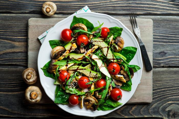 Оригинальный индийский салат. \ Фото: rathauswirt.com.
