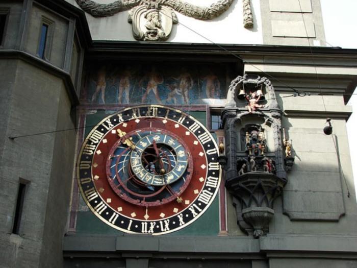Это самые старые часы Швейцарии.