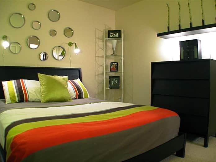 Оливковый цвет в спальне – символ бодрости и жизнелюбия её владельца.
