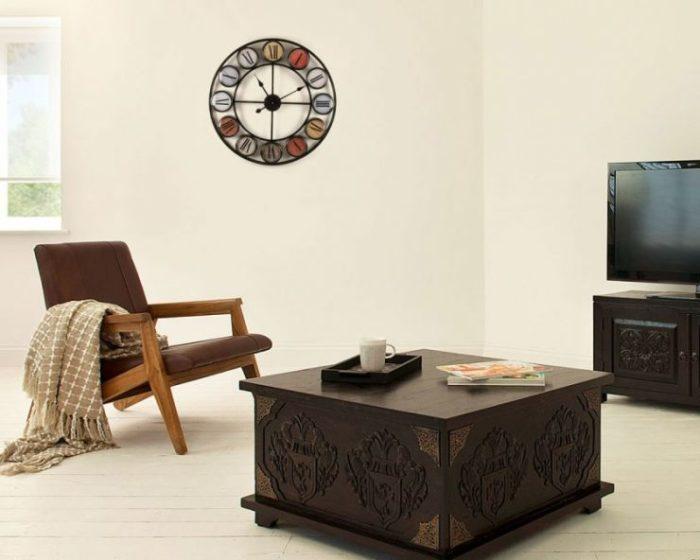 Красивые настенные часы для гостиной находка для каждого, кто привык контролировать ход времени.