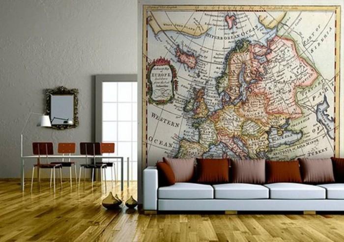 Очень эффектно будет выглядеть географическая карта. Такой вариант не оставит равнодушным любителей путешествий.