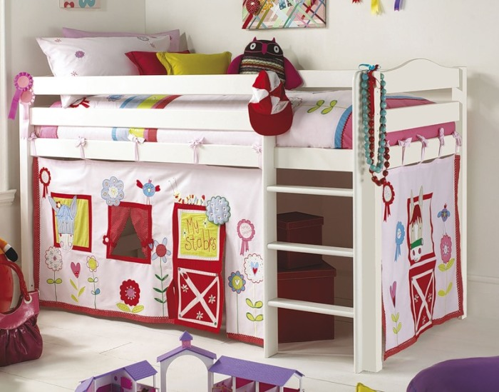 Уютная комната для девочки.