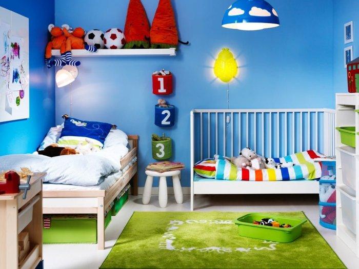 Вариант детской комнаты для двоих детей.