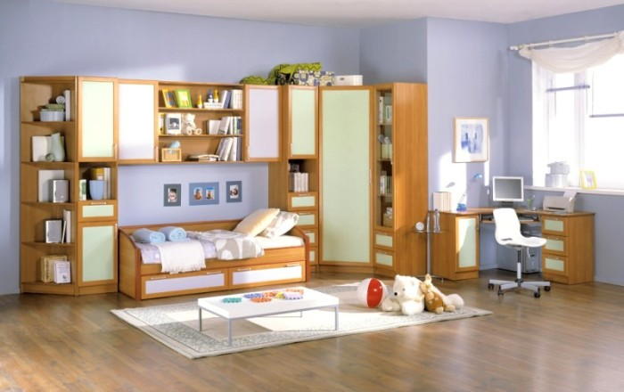 Паркет – долговечный вариант для напольного покрытия в детской комнате.