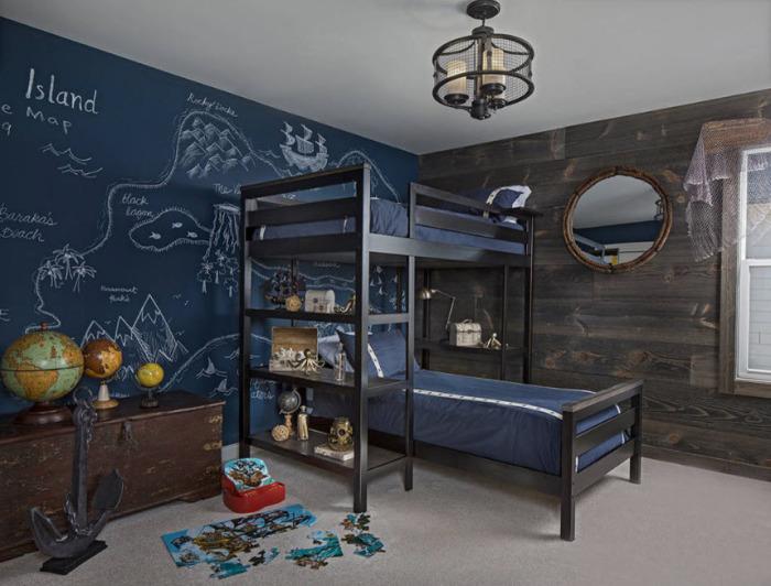 Тёмно-синий цвет в детской комнате на одной из стен прекрасно смотрится в детской комнате.