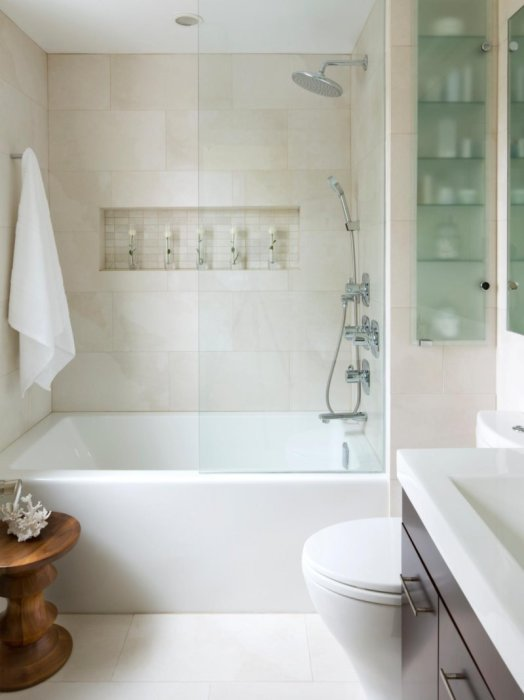 Небольшая ванная - идеально впишется в интерьер ванной комнаты.