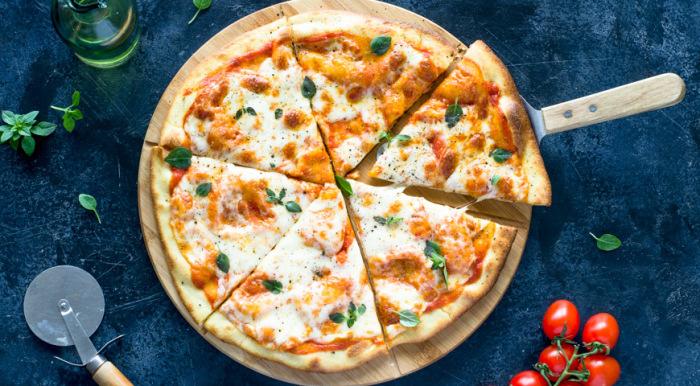 Пицца. \ Фото: glovoapp.com.