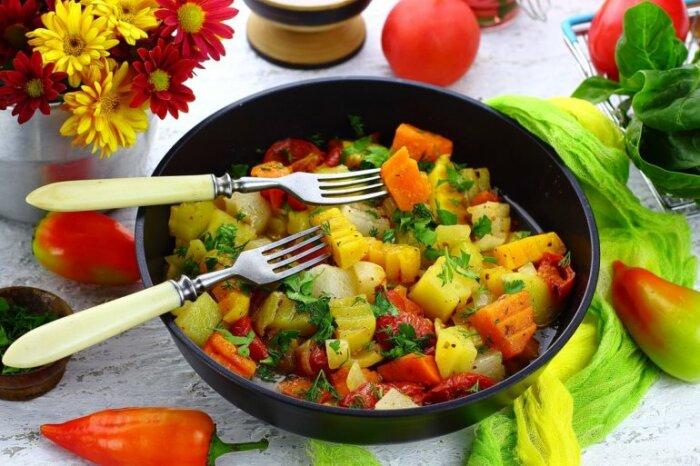 Рагу из овощей и тыквы. \ Фото: google.com.ua.