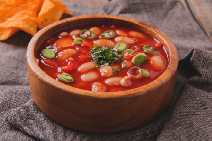 Постный суп из фасоли. \ Фото: edinstvennaya.ua.