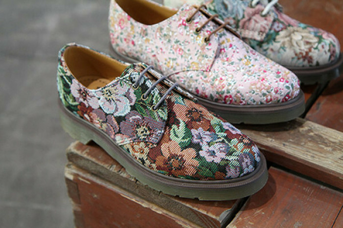 Обувь с цветочным принтом. \ Фото: burdastyle.ru.