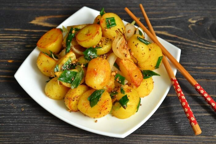 Пряная жареная картошка. \ Фото: lt.monarkinsulation.com.