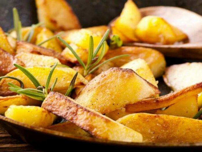 Пикантная жареная картошка. \ Фото: google.com.