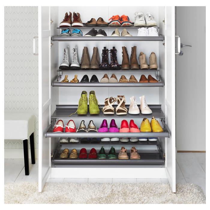 Для обуви тоже найдется укромное местечко.