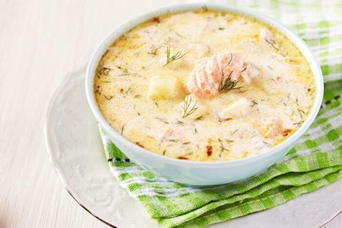 Рыбный суп с сыром. \ Фото: craftlog.com.