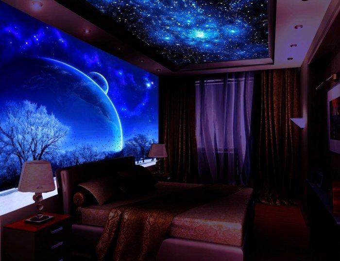 Флуоресцентные фотообои. \ Фото: 2gis.ru.