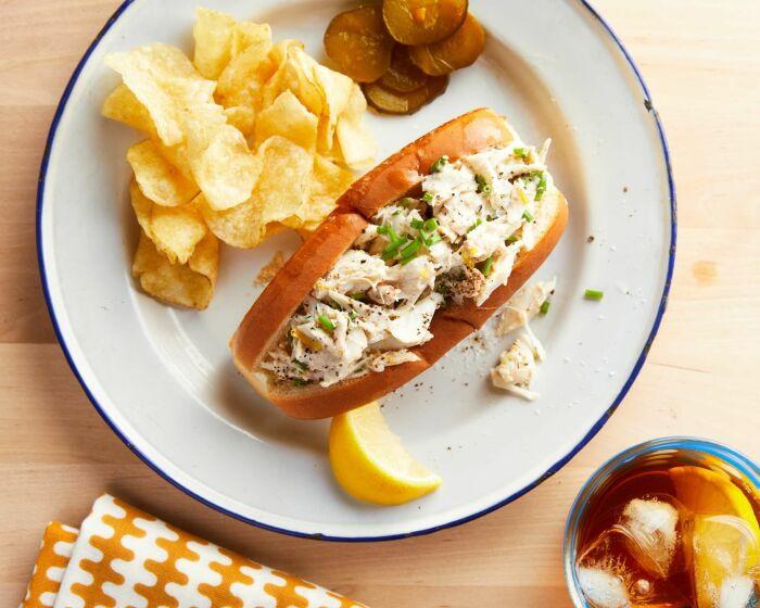 Горячие бутерброды с крабовой начинкой. \ Фото: mastercook.com.