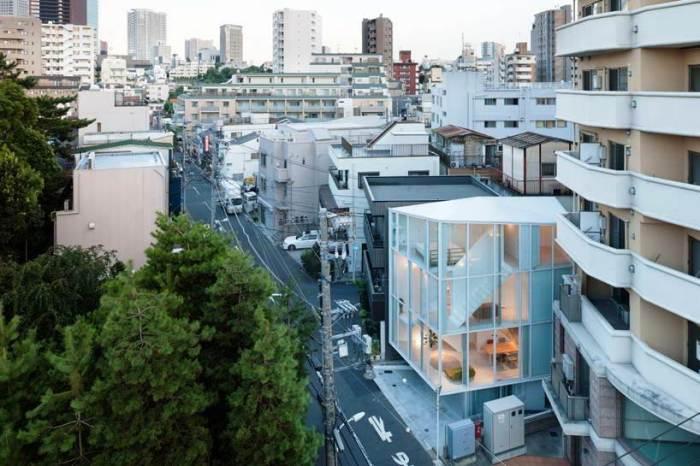 Уникальный прозрачный дом построен в Японии.