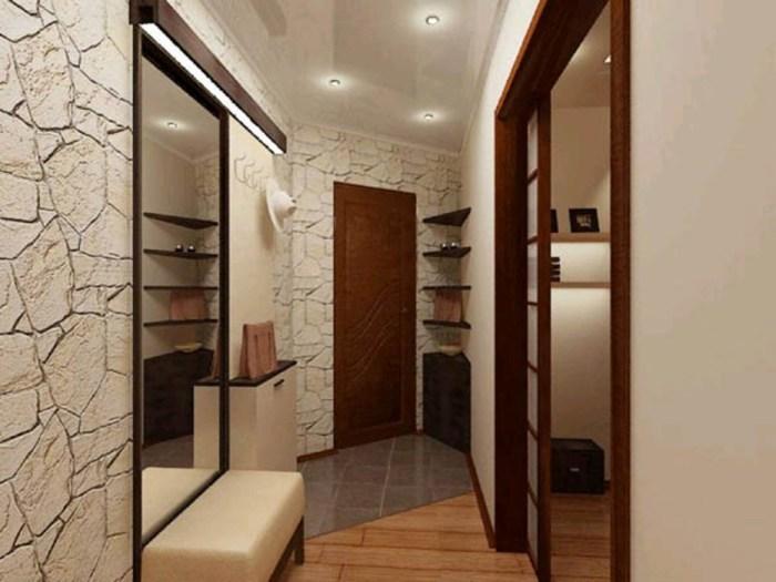 Самая маленькая комната в хрущёвке – это прихожая. Зрительно увеличить её помогут светлые стены.