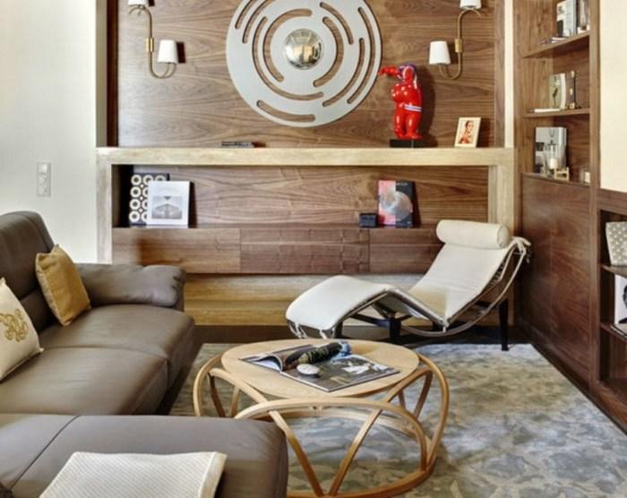 Кантри - всё здесь напоминает деревенский дом, в котором мебель функциональна, но одновременно и уютна.