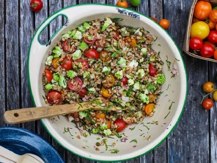 Оригинальный салат с перловкой. \ Фото: smak.ua.