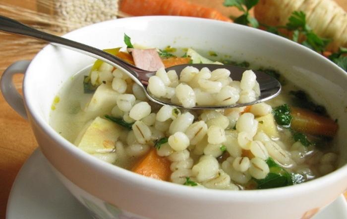 Суп с перловкой. \ Фото: google.com.