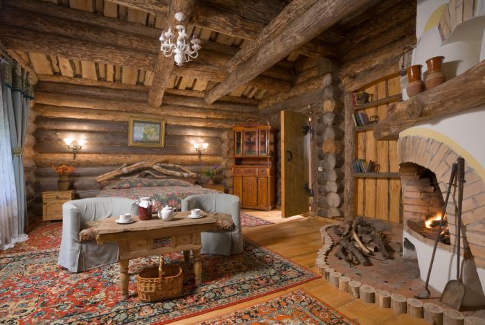 Интерьер дачного домика в русском стиле. \ Фото: 9dach.ru.