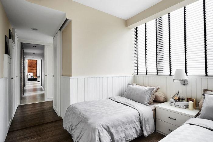 Расстановка мебели у стены. \ Фото: lookboxliving.com.sg.