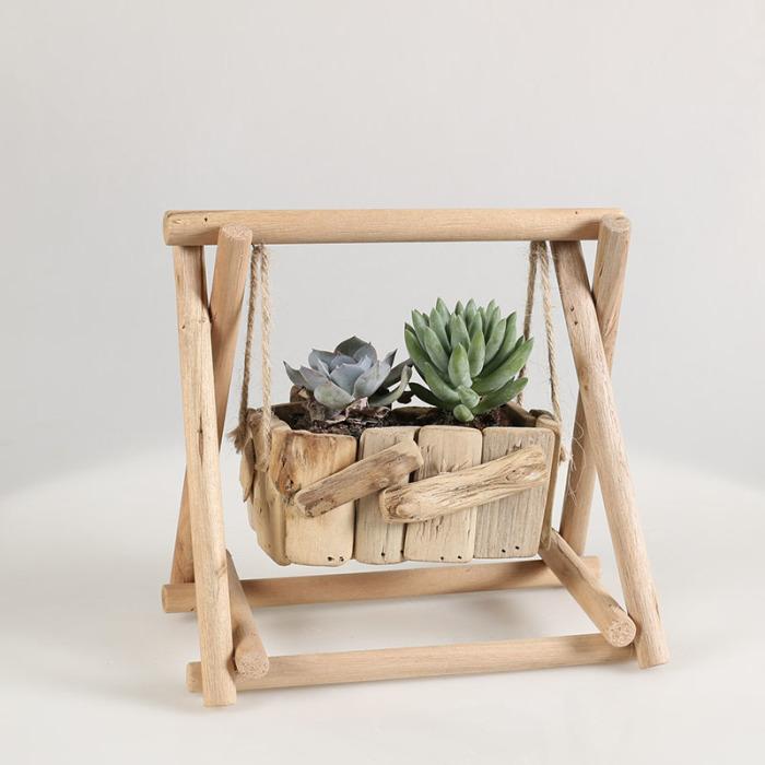 Деревянный футуристичный дизайнерский вазон для суккулентов станет изюминкой вашего интерьера.