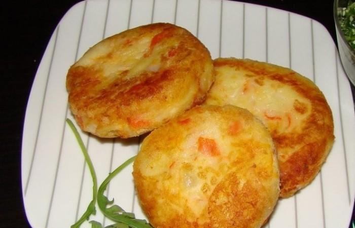 Картофельные котлеты с соевым соусом и лимонной цедрой. \ Фото: mirpovara.ru.