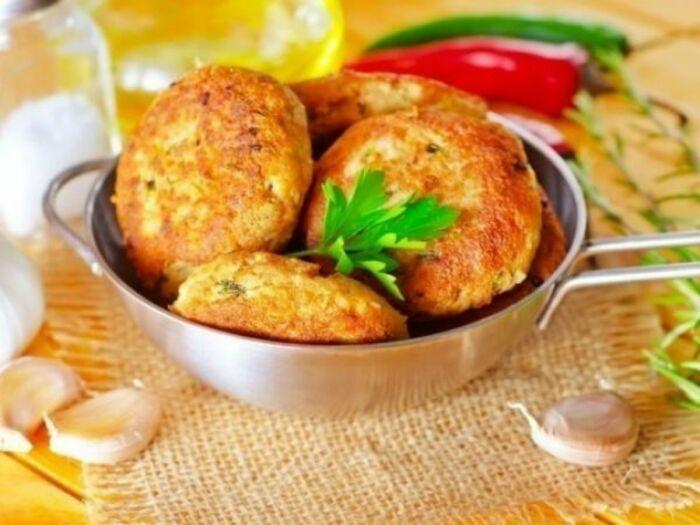 Картофельные котлеты с творогом. \ Фото: ro.pinterest.com.