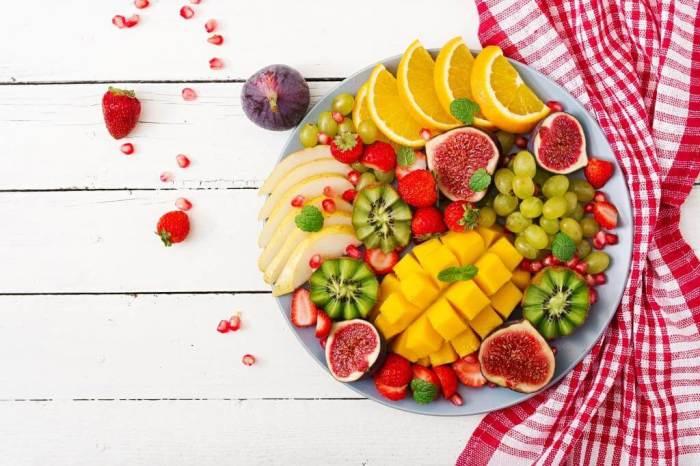 Красивая нарезка фруктов. \ Фото: blog.metro.ua.