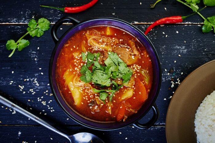 Корейский суп со свининой. \ Фото: google.com.