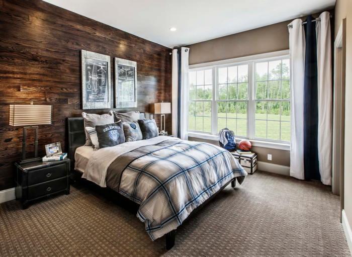 Тёмные древесные оттенки прекрасно впишутся в интерьер спальни.