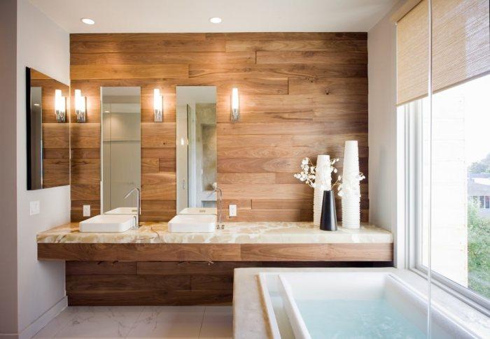Ламинат на стенах в ванной.