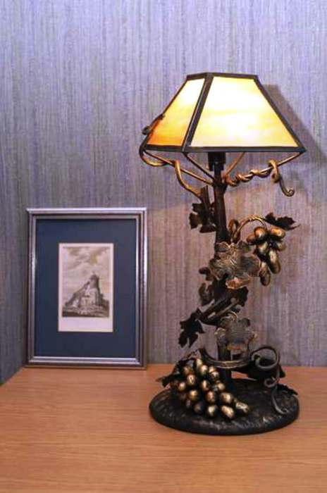 Лампы в таком исполнении очень элегантны и изящны.