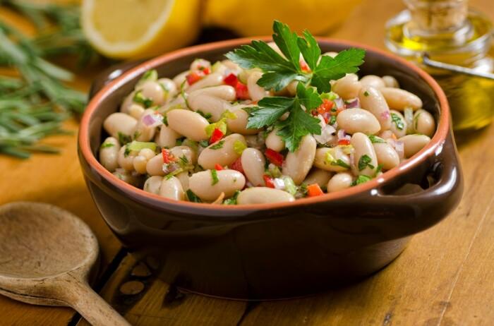 Тушёная фасоль. \ Фото: atualnutricao.com.br.