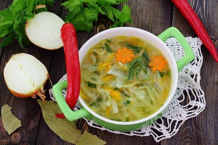 Суп из капусты. \ Фото: yandex.ua.