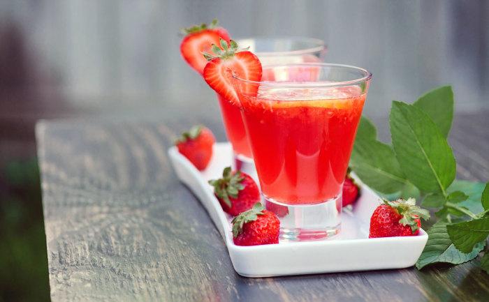 Наслаждаемся фруктовым напитком. / Фото: geappliances.com.