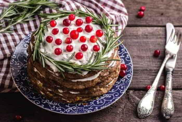 Домашний печёночный торт. \ Фото: chtoprigotovit.ru.