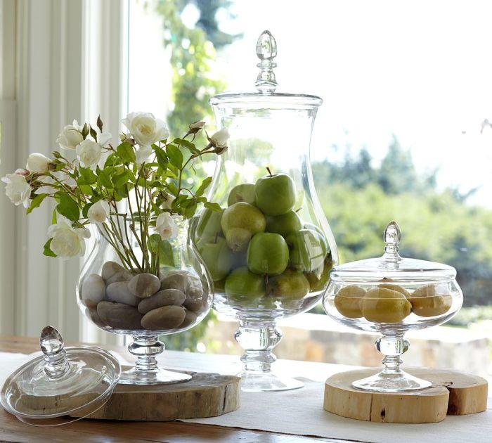 Оригинальные стеклянные вазочки.